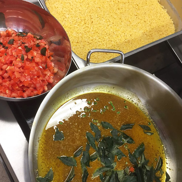 Brindavan kasvisravintola ruan valmistus